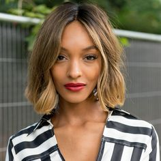One-Length Haircuts That'll Convince You to Ditch Those Layers: Chin-Grazing Bob Romantic Hairstyles, 2015 Hairstyles, Short Bob Hairstyles, Black Hairstyles, Medium Haircuts, Weave Hairstyles, Medium Short Hair, Medium Hair Styles, Curly Hair Styles
