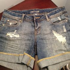 Refuge Ripped Denim Shorts Ripped Denim Shorts. Not Worn In Years. No stains or rips that didn't come with the shorts. refuge Shorts Jean Shorts