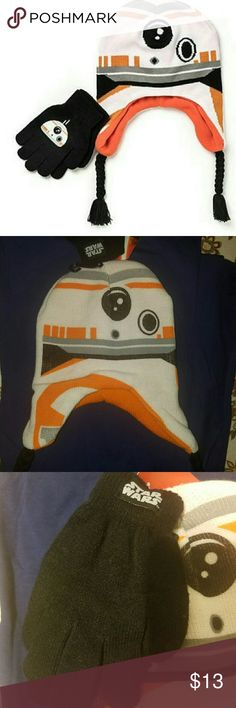 Star wars winter hat and gloves set NWT Keep your little boy warm in the winter with this super fun duo, black gloves with white and orange hat. disney Accessories Hats