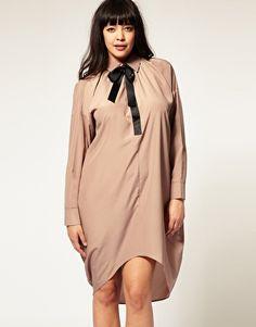 moar asymmetrical plus-size clothes, plz