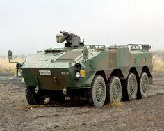 96式装輪装甲車 (8464171563).jpg