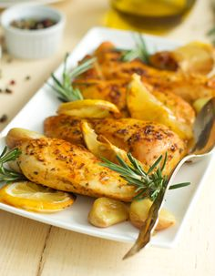 Rosemary Lemon Roasted Chicken Breasts - Fresh rosemary, lemon juice, and garlic are three simple, yet flavorful ingredients that create this beautiful and delicious Rosemary Lemon Roasted Chicken Breasts. primaverakitchen.com