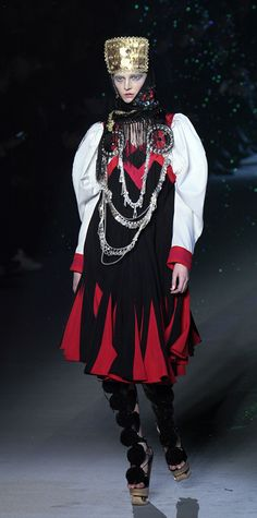 Galliano's Frozen Ukrainian Brides  Make up: Pat McGrath