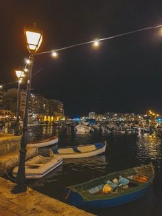Photos of Malta: Visual Diary of My Trip to Malta - A Finn On The Loose Capital Of Malta, The Best Bet, Amazing Sunsets, Visual Diary, Group Travel, Photo Diary, Travel Articles, Blue Lagoon, Absolutely Gorgeous