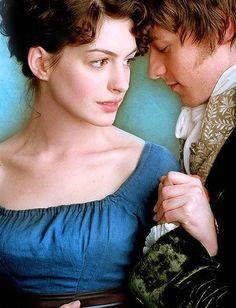 la Joven Jane Austen - Becoming Jane Austen de Jon Spence.  La actriz anne Hatway en un vestido de