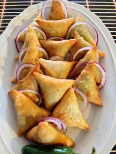 Samosas Part 1 (How To Make The Samosa Pocket) I like this kind of shape on my samosas. Part 2 - https://www.youtube.com/watch?v=A_Tp5nge2CQ