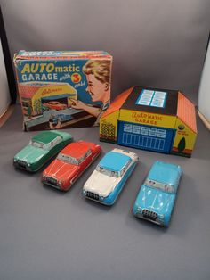 Vintage Tinplate 'Auto' Matic Garage with 4 Cars