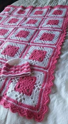 Victorian Lattice Square by Destany Wymore example