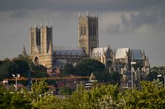 https://www.facebook.com/Lincoln.Cathedral/photos/a.141555969208913.24106.110972912267219/563775463653626/?type=3
