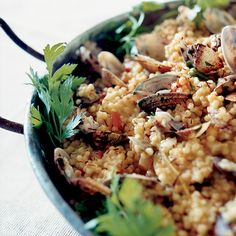 Fregola replaces rice in this Sardinian paella; the chewy, dot-shaped semolina pasta comes from the western part of Sardinia, near Oristano, where mor. Wine Recipes, Seafood Recipes, Cooking Recipes, Healthy Recipes, Pasta Recipes, Salad Recipes, Healthy Food, Healthy Eating, Italian Main Dishes