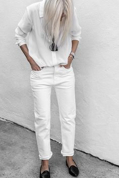White shirt, white jeans, black loafers, black sunglasses. Spring outfit, summer outfit, all white outfit, casual outfit, comfy outfit, simple outfit, minimal outfit, #fashion2018 #springfashion #springstyle #ss18 #summerfashion #summerstyle #casualstyle #streetstyle #allwhite #ootd #outfitideas #inspiration