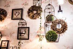 @nadiaretterfotografie blumenmädchenköln blumenladen florist flowershop vintage cages