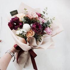 12월 취미반 모집해요 블로그 확인해주세용 . . . . . : 032 664 0300 . Kakao : pek0319 . . #florist #flower #flowerschool #flowershop#flowerlesson #라보떼플라워 #라보떼플라워가든 #꽃다발 #부천꽃집 #플로리스트학원 #인천꽃집 #플라워레슨 #부천플라워레슨 #인천플라워레슨 #부평플라워레슨 #부천꽃꽂이 #플로리스트 #부평꽃집 #꽃#цветы #букет #꽃스타그램 #꽃집창업 #인천플로리스트학원 #花店 #花 #花商 #插花培训 #花艺课