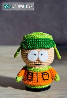 Crochet Pattern of Kyle Broflovski from South Park door Aradiya