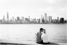 Can't beat the Chicago skyline | Chicago Engagement Photographer | Jill Tiongco Photography