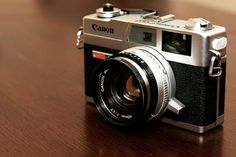 Will Canon soon announce its first mirrorless camera?