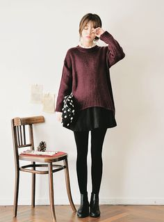Sweater over a skirt korean fashion trends, asian fashion style, korean winter fashion outfits Korean Winter Fashion Outfits, Korean Fashion Summer, Korean Fashion Trends, Korean Street Fashion, Korean Outfits, Mode Outfits, Japanese Fashion, Asian Fashion, Autumn Fashion