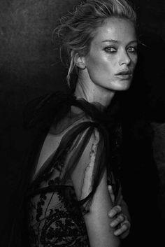 Carolyn Murphy in Oscar de la Renta - portrait by   Peter Lindbergh for the 2013 CFDA Journal.