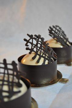 Meringue Desserts: Earl grey & baileys milk chocolate mousse cake