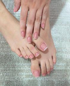 Pink Toe Nails, Pretty Toe Nails, Cute Toe Nails, Toe Nail Color, Feet Nails, Pink Toes, Toenails, Stiletto Nails, Classy Nails