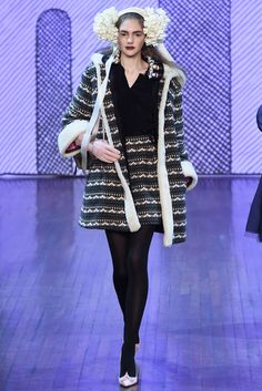 Olympia Le-Tan Fall 2015 RTW Collection - Style.com. Long live fashion: LÜR Nail presents the best designer runway looks of the Paris Autumn/Winter 2015 Collections.