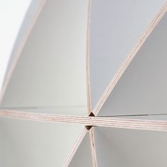 Medium Comb Regal - Weiß   Jaanus Orgusaar