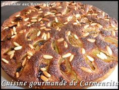 Reines Claude en amandine http://www.carmen-cuisine.com/article-reines-claude-en-amandine-80074541.html