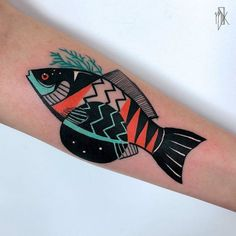 40 Sketch Style Tattoo Designs by Marta Kudu - Graphic Fish Tattoo by Marta Kudu - Botanisches Tattoo, Tattoo Bein, Piercing Tattoo, Body Art Tattoos, Small Tattoos, Cool Tattoos, Piercings, Tatoos, Gun Tattoos