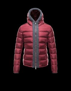 2013 Moncler Mens Jacket Filler: 100% white goose down Sleeve Kind: Common Sleeve Sleeve Duration: Long Sleeve Clothing Placket: Zipper For the actual group: Men Plate kind: Trim type Collar: Hooded