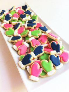 Mini Mitten Cookies (1/2 pound)