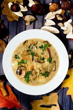Najlepsza zupa grzybowa Polish Recipes, Polish Food, Soup Recipes, Cooking Recipes, Recipies, Good Food, Yummy Food, Mushroom Soup, Recipe Images