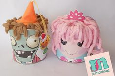 Plants vs zombies can / lata de plantas contra zombies Plants Vs Zombies, Zombies Vs, Lalaloopsy Party, Zombie Party, Christmas Crafts, Christmas Ornaments, Candy Apples, Cartoon, Holiday Decor