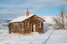 I would love to have gone to school there!  ************ Old one room school house near Arlee, Montana.