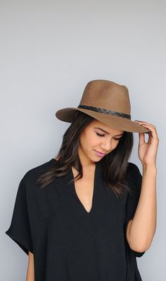 13ac61931ba3f It is hard to find a fedora with such high quality and craftsmanship. Wear  this