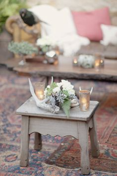 Look antler centerpiece (maybe a few antlers and feathers) Wedding Images, Wedding Styles, Shed Wedding, Dream Wedding, Antler Centerpiece, California Wedding, Wedding Colorado, Bridal Musings, Holiday Tables