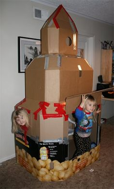 Filth Wizardry: Giant cardboard rocket ship