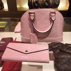 Louis Vuitton Rose Ballerine Alma BB