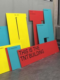 This is the Rietveld ↑ - Lotte van de Hoef - click and drag