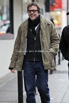 http://i.imgur.com/K5O0Vl.jpg  Jeffery Dean Morgan! in glasses!