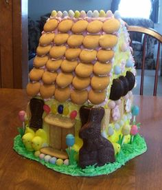 We have always made gingerbread houses at Christmas time. I've had so much fun making them over the years that I decided to carry it over to Easter. Here is my first creation, the house of Mr. Easter Bunny himself.