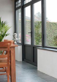 Wist je dat planten in je veranda ervoor kunnen zorgen dat het er in de zomer niet te warm wordt?