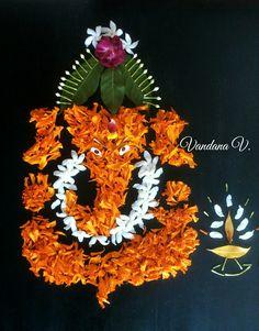 Creation by Vandana Vipat Rangoli Designs Flower, Small Rangoli Design, Rangoli Patterns, Colorful Rangoli Designs, Rangoli Ideas, Rangoli Designs Diwali, Diwali Rangoli, Flower Rangoli, Beautiful Rangoli Designs