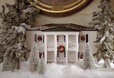 close up of the White House Gingerbread House, Dec. 14, 2001. Photo ...