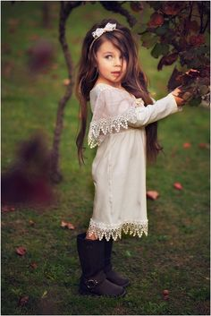 Little girls hair is always so gorgeous! I hope to have a girl just to get all dolled up!
