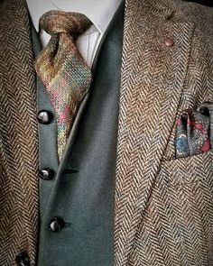 Wow fall mens fashion that look cool:) Mens Fashion Wear, Stylish Mens Fashion, Gents Fashion, Sharp Dressed Man, Well Dressed Men, Flannel Fashion, Masculine Style, Elegant Man, Mens Clothing Styles