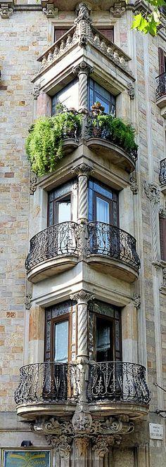 Barcelona - Gran Via 542 d 1  
