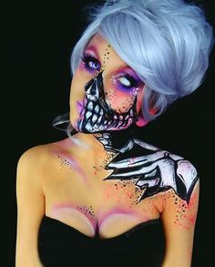Different skeleton makeup.. Kind of sexy @twistinbangs