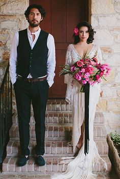 These vintage-inspired bell sleeves: | 32 Incredible Wedding Dress Details You Have To See