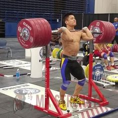 4 Advanced Exercises Elite Chinese Weightlifters Do To Build Strength and Power - BarBend Calisthenics Workout, Butt Workout, Athlete Workout, Gain Muscle Women, Fitness Pictures Women, Weight Lifting Motivation, Gym Motivation, Gym Facilities, Olympic Weightlifting