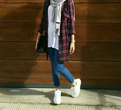 plaid-flannel-hijab-outfit- Smart and cute hijab outfits www.justtrendygir… – Anna Voros plaid-flannel-hijab-outfit- Smart and cute hijab outfits www.justtrendygir… plaid-flannel-hijab-outfit- Smart and cute hijab outfits www. Hijab Casual, Hijab Chic, Casual Outfits, Fashion Outfits, Casual Hijab Styles, Ootd Hijab, Hijab Fashion Casual, Casual Dresses, Dress Fashion